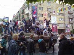 Сепаратизм Юго-Восток Украины: Война в Мариуполе, ход боевых действий 9 мая.